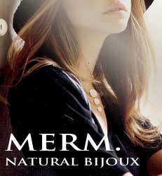 マザーオブパール(白蝶貝)のアクセサリー・ジュエリー merm.bijoux