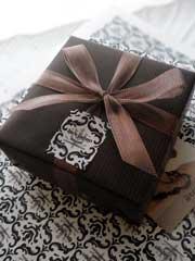 女性へのプレゼントに人気のアクセサリー