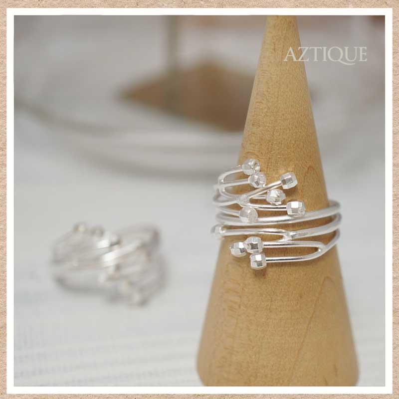 ケサランパサランをモチーフとしたシルバーリング(指輪)